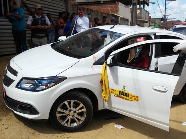 Taxista foi morto na manhã desta quinta-feira em Itabuna (Foto: Blog Verdinho Itabuna)