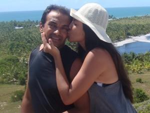 'Tenho 20 anos, e ele é meu pai há 18', diz Marilia sobre seu padrasto. (Foto: Marilia Nunes/VC no G1)