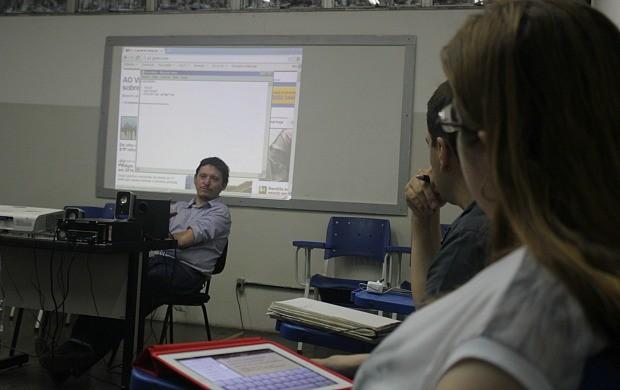 O editor-chefe do G1, Renato Franzini, coordenou uma das oficinas (Foto: Katiúscia Monteiro/Rede Amazônica)