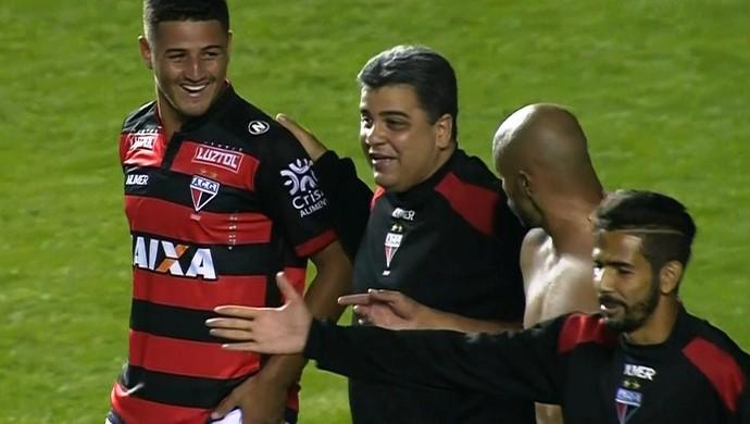 Marcelo Cabo, técnico do Atlético-GO (Foto: Reprodução/Premiere)