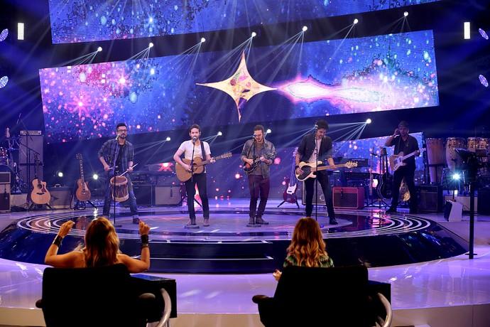 A Pagan John contagiou os jurados e o público do SuperStar com o som autoral (Foto: Gshow/Felipe Monteiro)