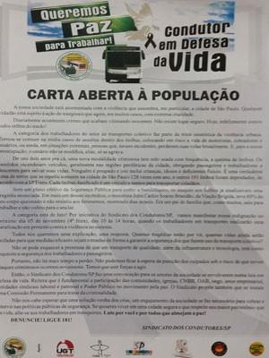 Panfleto distribuídos nos ônibus (Foto: Divulgação)