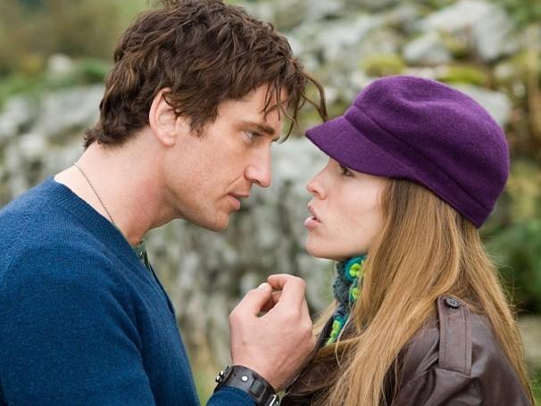 Holly e Gerry se conheceram e se apaixonaram na Irlanda (Foto: divulgação / reprodução)
