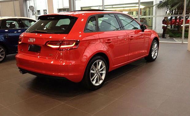 Audi A3 Sportack nas lojas (Foto: Aline Magalhães)
