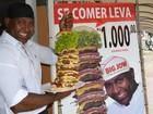 Empresário desafia clientes a comer superlanche de 4,2 kg e eleva vendas