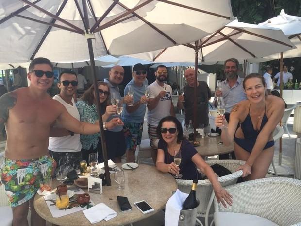 Luana Piovani com a família (Foto: Instagram / Reprodução)