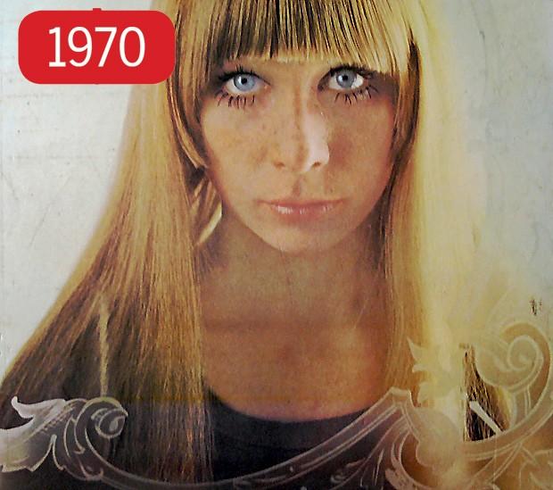 Na época em que fazia parte do grupo Os Mutantes (de 1966 a 1972), Rita Lee pintou o cabelo de loiro, a exemplo desta foto, da capa do disco Build Up, de 1970. Desde então, a roqueira manteve sua inseparável franja, que virou uma de suas marcas registradas durante toda a carreira. (Foto: Divulgação)