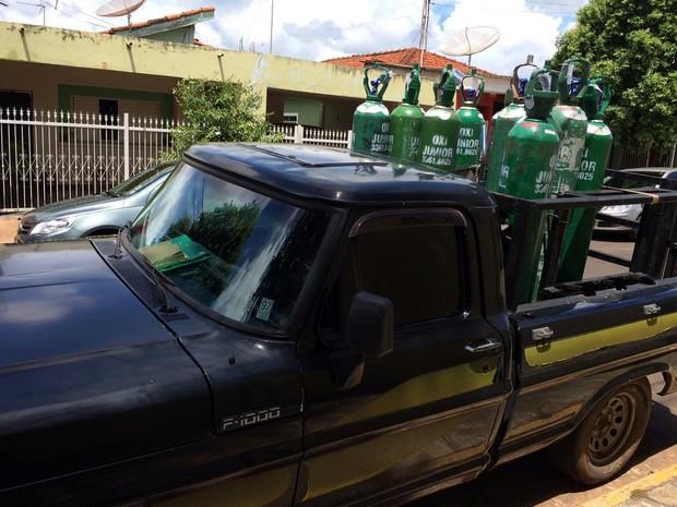 Suspeitos invadiram empresa e levaram veículo com a carga (Foto: Raul De Mattos Junior/Arquivo pessoal)