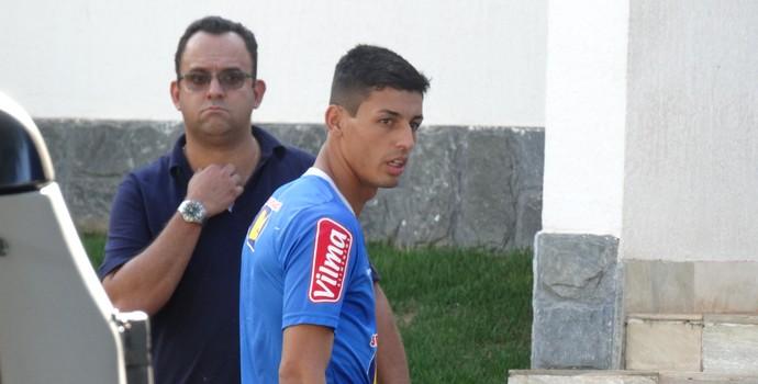 Marciel, do Cruzeiro, na Toca da Raposa II (Foto: Marco Antônio Astoni)