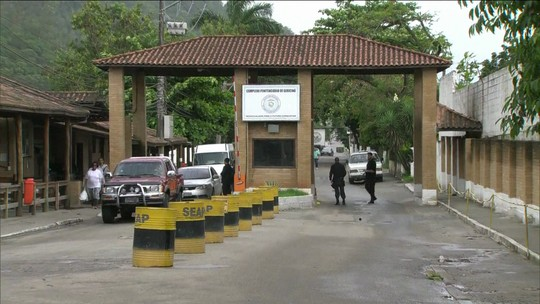 Cabral recebeu visitas em Bangu 8 fora dos dias e horários permitidos