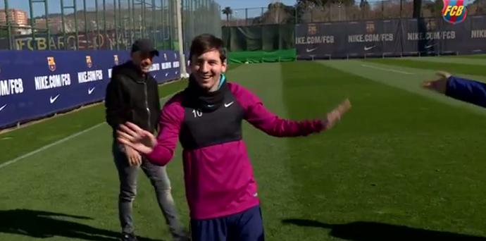 Messi golaço em treino do Barcelona