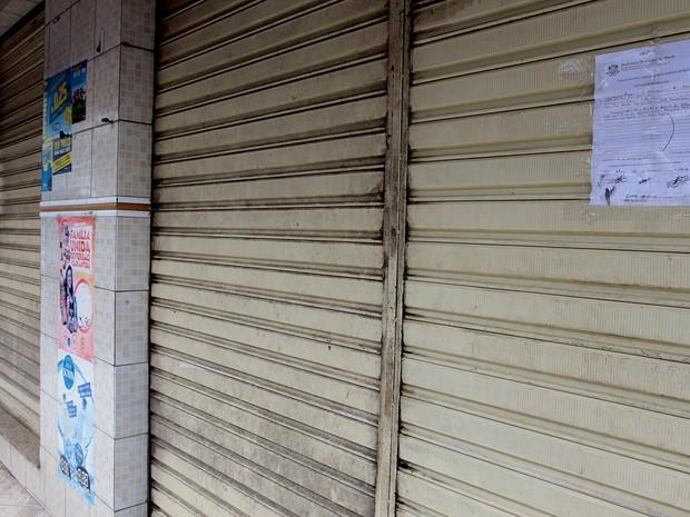 Padaria foi interditada no bairro Parque Aeroporto, em Macaé (Foto: Maurício Porão / Divulgação)