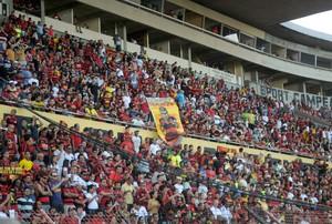 torcida sport (Foto: Aldo Carneiro / Pernambuco Press)
