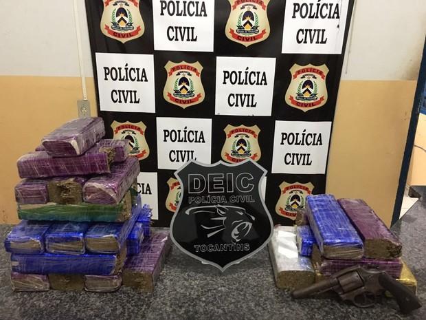 Polícia apreende 20 kg de maconha em Gurupi (Foto: Deic/Divulgação)