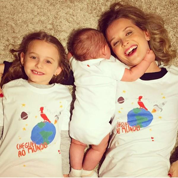 Fernanda Rodrigues com os filhos Luiza e Bento (Foto: Divulgação)