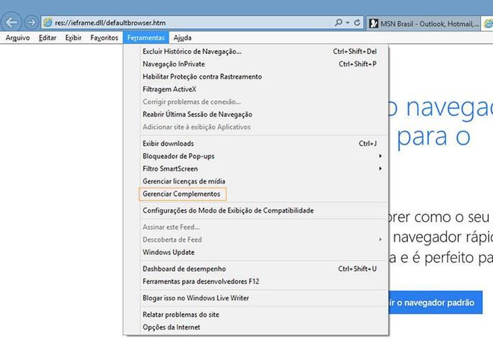 No Internet Explorer acesse as Ferramentas e depois Gerenciar Complementos (Foto: Reprodução/Barbara Mannara)