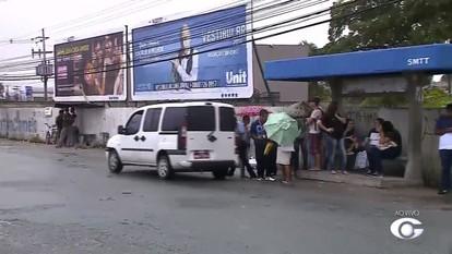 Com a paralisação dos ônibus, várias pessoas recorrem aos transportes alternativos