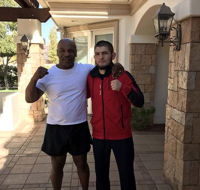 Khabib Nurmagomedov; Mike Tyson (Foto: Reprodução Instagram)