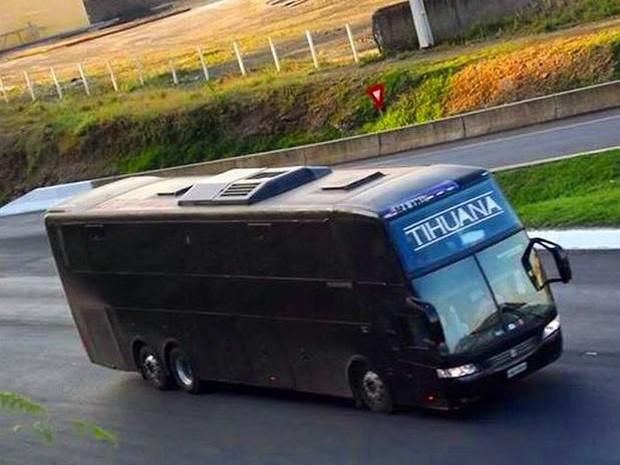 Acidente da Banda Tijuana sofre acidente na Rodovia Fernão Dias (Foto: Reprodução Facebook)
