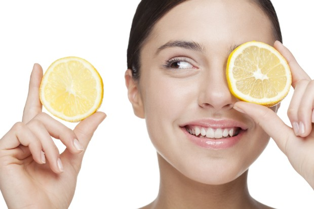 8 problemas de beleza que podem ser resolvidos com limão
