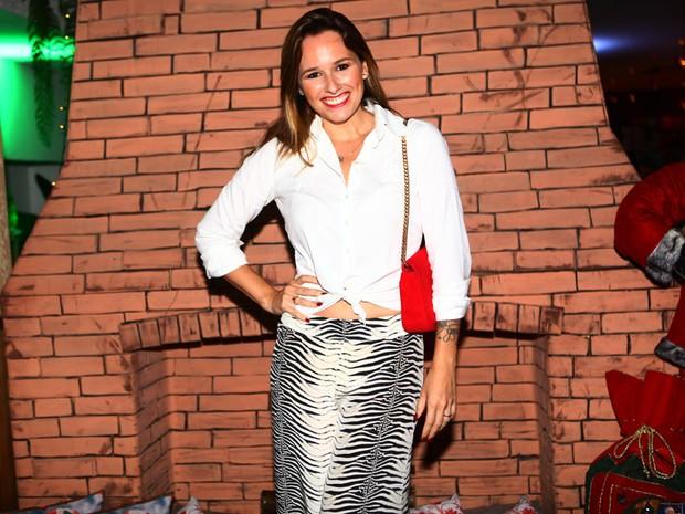 Mariana Belém em premiação (Foto: Iwi Onodera/ EGO)
