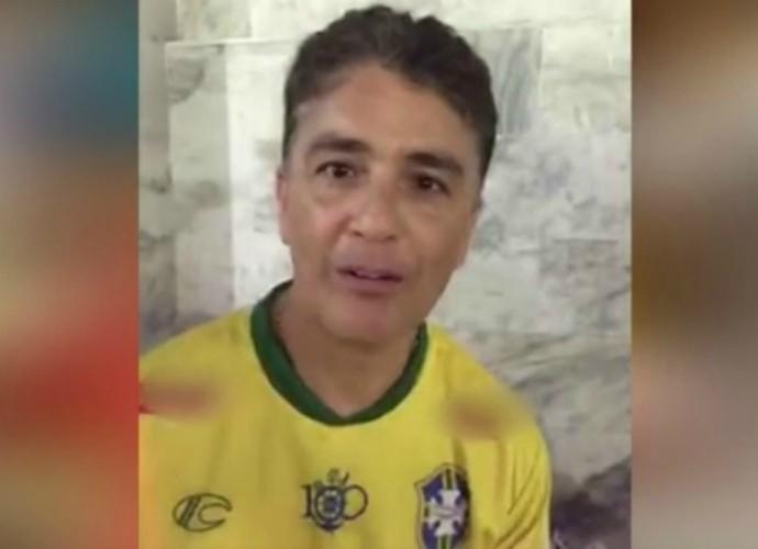 Bebeto em bastidores de vídeo Tomara que Caia (Foto: TV Globo)
