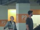 Miley Cyrus parece brigar com Patrick Schwarzenegger durante passeio