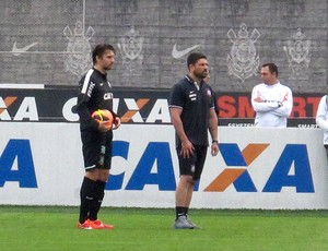 Paulo André treino Corinthians (Foto: Rodrigo Faber)