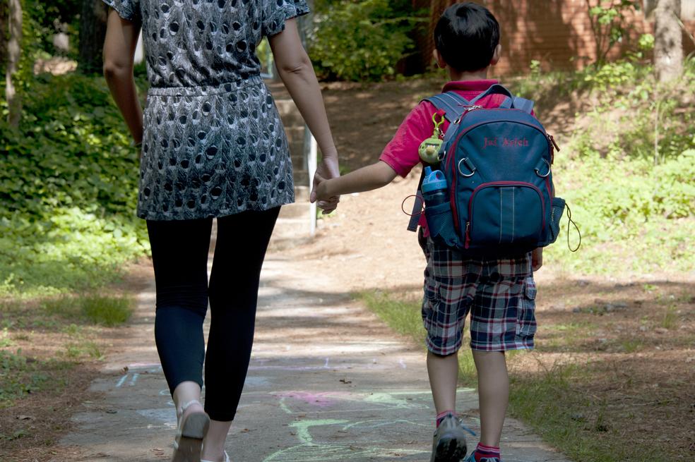 Divórcio conflituoso de pais prejudica saúde de filhos por décadas, diz estudo