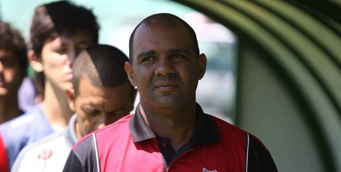 Alexandre Ferreira, técnico do Botafogo-SP (Foto: Rogério Moroti/Ag. Botafogo)
