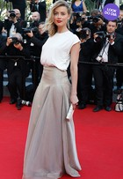Look do dia: Amber Heard vai a première no Festival de Cannes