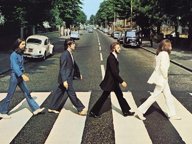 Foto famosa dos Beatles foi a capa de um album lançado em 1969 (Foto: Reprodução Capa Abbey Road)