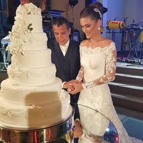 Eri Johnson e Alice Souto em festa de casamento na Zona Sul do Rio (Foto: Instagram/ Reprodução)