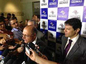Alckmin e Haddad em evento para anunciar construção de 30 mil casas (Foto: Márcio Pinho/G1)