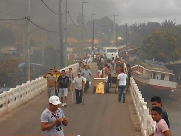 congestionamento br 308 protesto barricada bragança (Foto: Arquivo pessoal/ Márcio Matos)