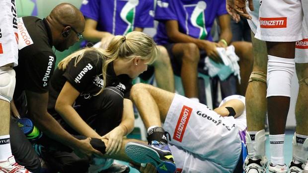 vôlei Lorena Machucado (Foto: Gustavo Tilio / Globoesporte.com)