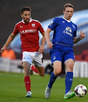 Matthew Pennington Everton Barnsley (Foto: Reprodução Twitter)