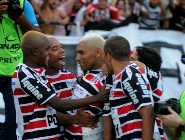 caça-rato santa cruz x sampaio corrêa (Foto: Aldo Carneiro / Pernambuco Press)
