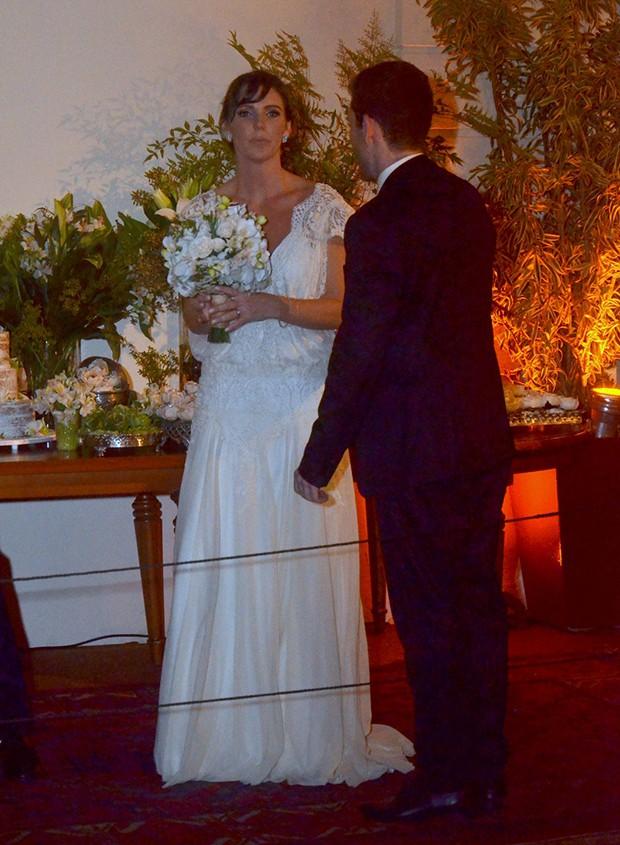 Glenda Kozlowski e Luiz Tepedino se Casam no Rio de Janeiro (Foto: WEBERT BELICIO E DANIEL DELMIRO / AGNEWS)