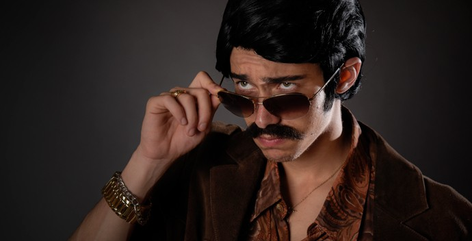 Guilherme Hamacek como Sinhozinho Malta (Foto: Raphael Dias / Gshow)