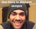 """Daniel Alves tem """"momento profético"""" e dá adeus antecipado a Hernanes"""