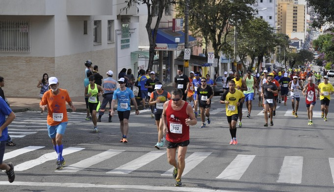 corrida Volta ao Cristo, em Poços de Caldas (Foto: Lúcia Ribeiro)