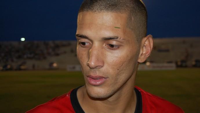 Tiago Orobó, atacante do Campinense (Foto: Silas Batista / GloboEsporte.com)