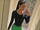 Graciella Carvalho posta foto e ostenta corpo magrinho