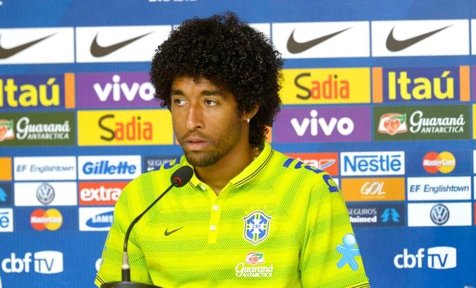 Dante na coletiva da Seleção (Foto: Alexandre Loureiro / VIPCOMM)