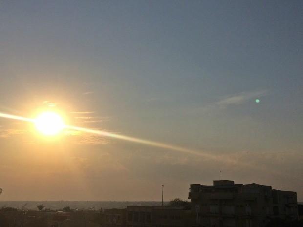 Céu de Campo Grande durante a tarde deste sábado (30) (Foto: Maria Caroline Palieraqui/G1 MS)