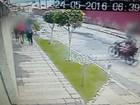 Vídeo mostra homens assaltando 7 mulheres em 23 segundos, em Olinda