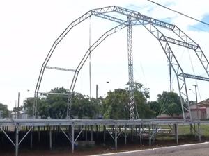 Estrutura para Réveillon em Palmas começa a ser montada (Foto: Reprodução/TV Anhanguera)