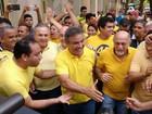 Zenaldo Coutinho vota no bairro Batista Campos nesta manhã
