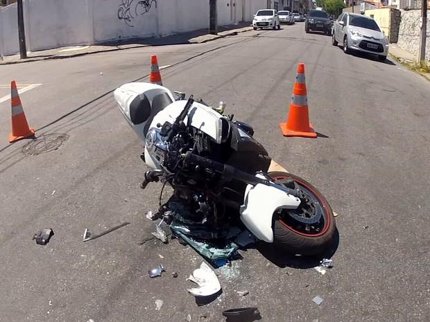 Homem atropela pessoa no trânsito e descobre que é o primo (Foto: Marcélio Bezerra/TV Verdes Mares)